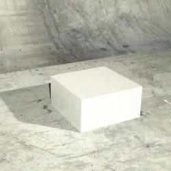 podstavec figuríny - bílý 2